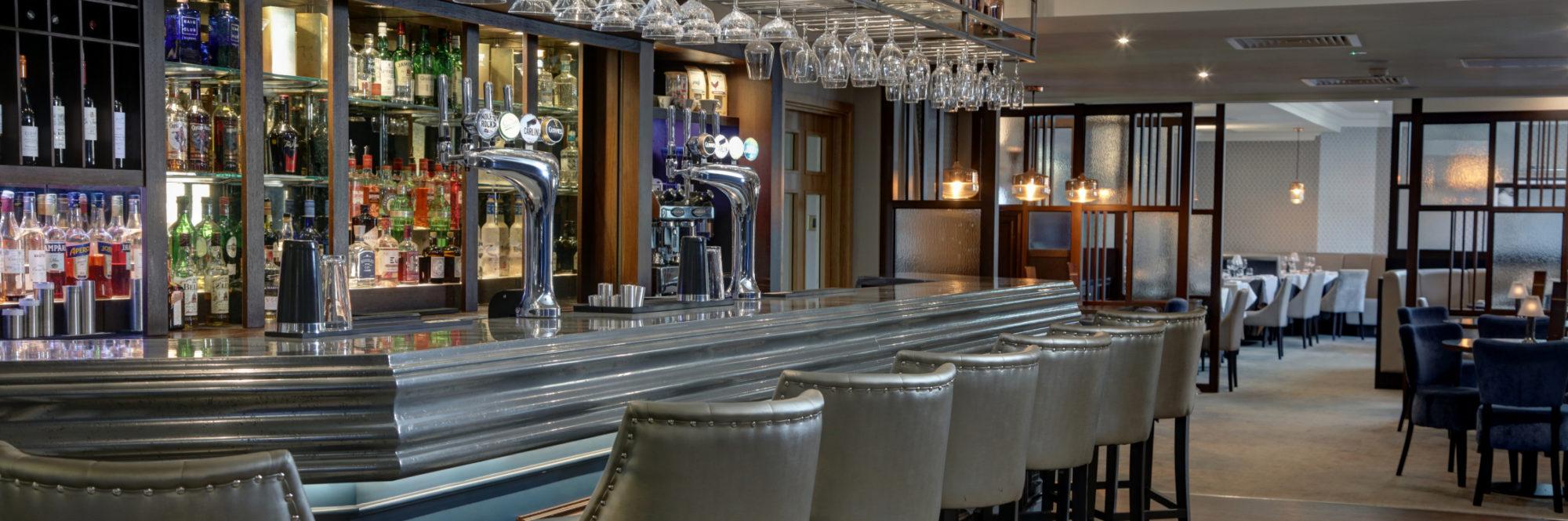 Triumph Bar